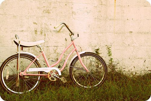 Résultats Google Recherche d'images correspondant à http://s5.favim.com/orig/54/bicycle-pink-vintage-Favim.com-525766.jpg