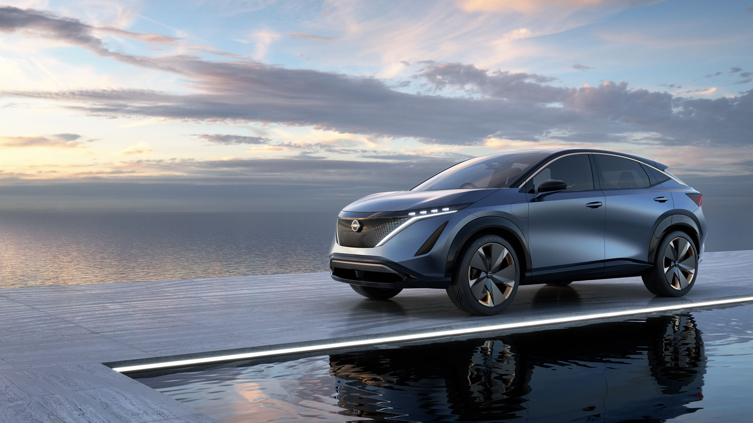 Nissan Ariya At Tokyo Show Branches Out From The Leaf As Ev Crossover Nissan Electric Car Tokyo Motor Show Nissan Electric