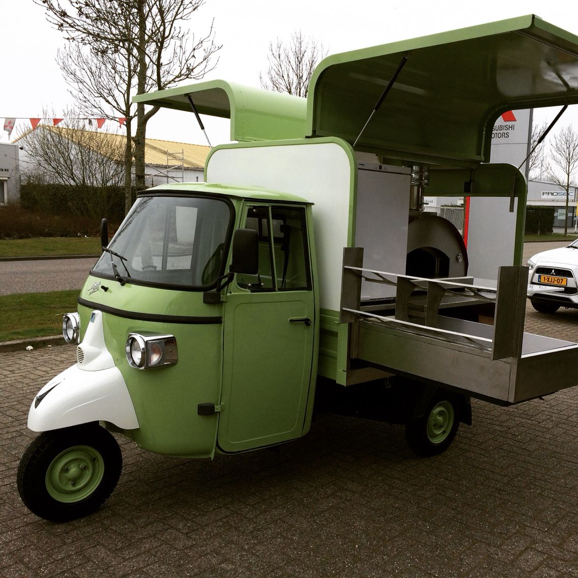piaggio ape classic 400 pizza oven street food. Black Bedroom Furniture Sets. Home Design Ideas