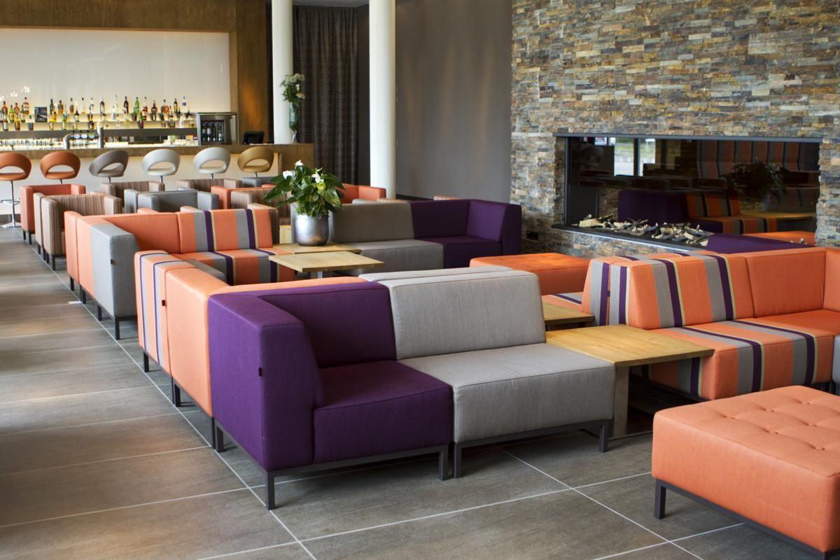 Meubilair lounge van Hotel Lumen te Zwolle door www.thereca.nl ...