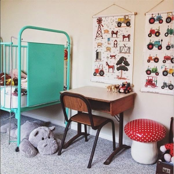 the boo and the boy kids\u0027 desks Diseño Hab Pinterest Cuartos