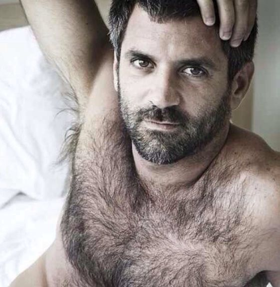 daddy bare hairy arab