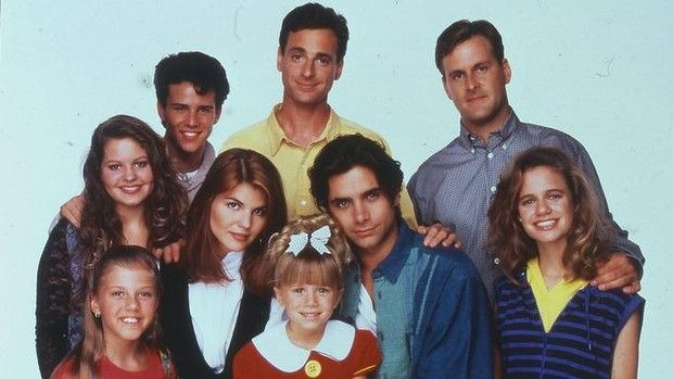 Fuller House: Netflix Confirms It Will Revive The U002780s Sitcom Full House    Http
