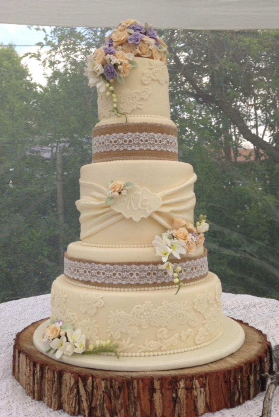 Vintage Rustic Wedding Cake  Cakes in 2019  Wedding