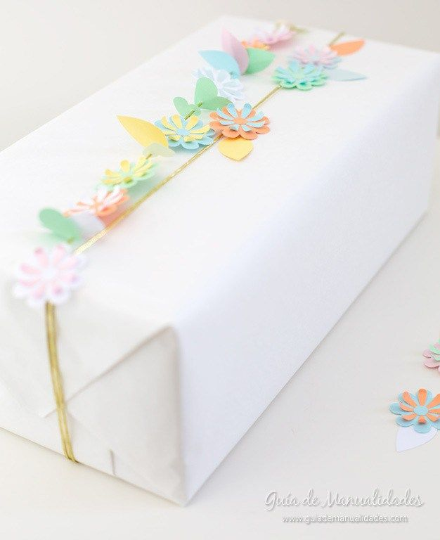 Flower garland gift wrapping(220)