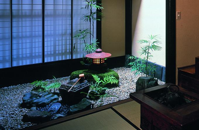 Photo of Japanese courtyard garden | Kyoto Journal