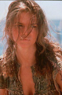 Foto sek jeanne tripplehorn di film waterworld picture 824