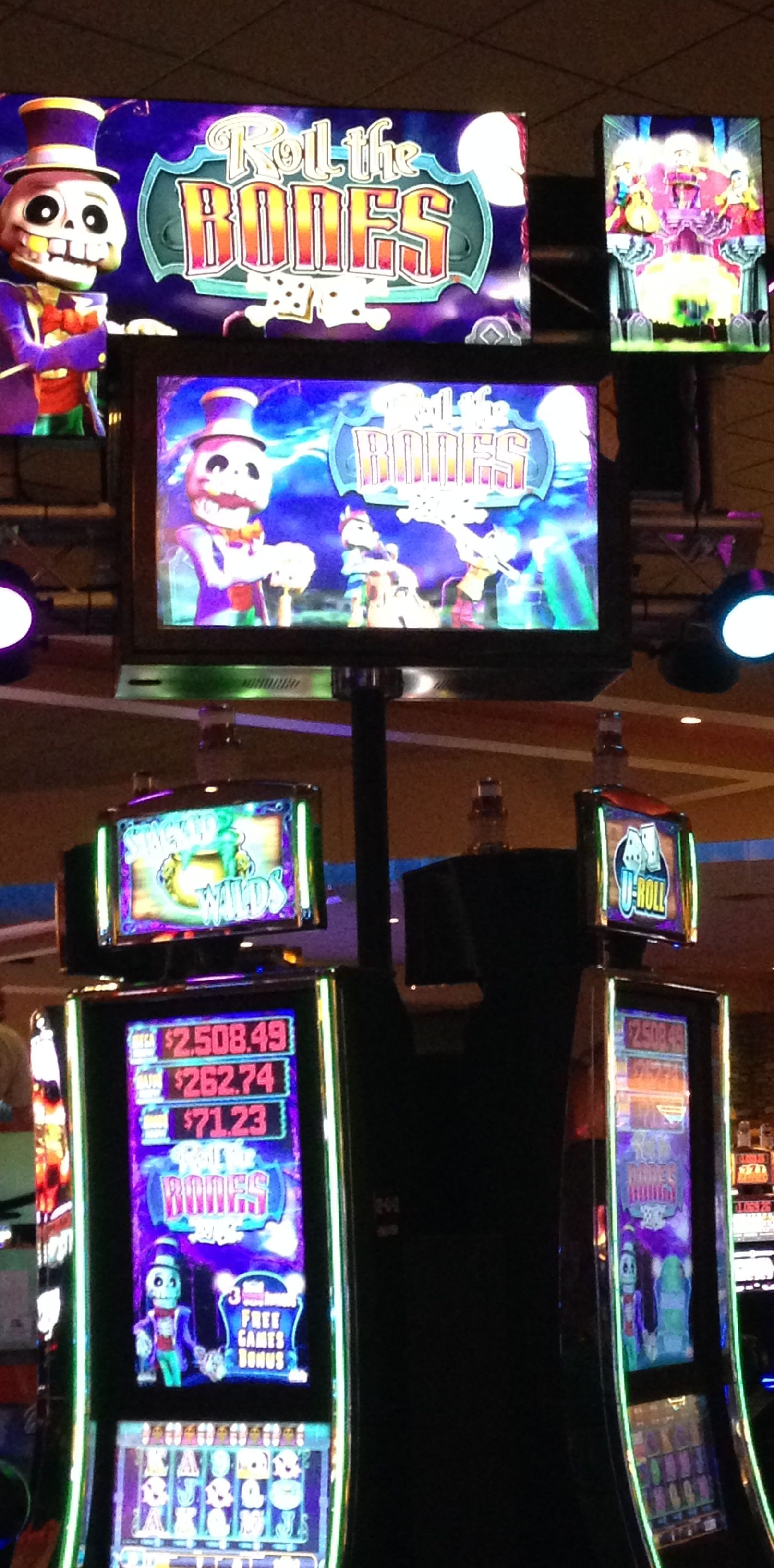 """Roll the Bones"" is a new penny game at FourWindsCasino"