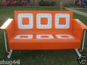 Glider Wish I Could Fine One Like This Now That Wasn T 500 00 Or More Vintage Porch Vintage Outdoor Furniture Metal Swings