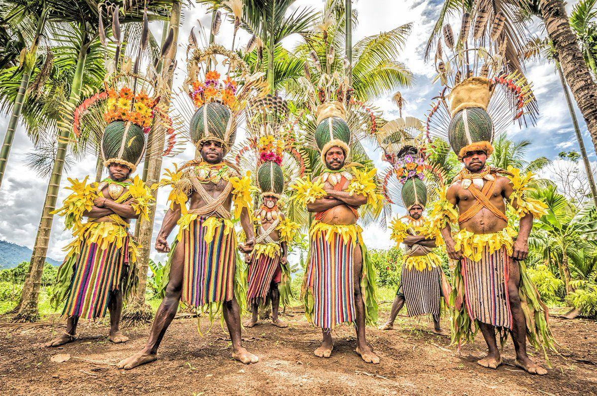 ヨシダナギ撮影のカラフルな少数民族