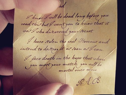 Horcrux Regulus Black Letter For Voldemort Left In The Locket In The Cave Harry Potter Obsession Magical World Of Harry Potter Harry Potter Series