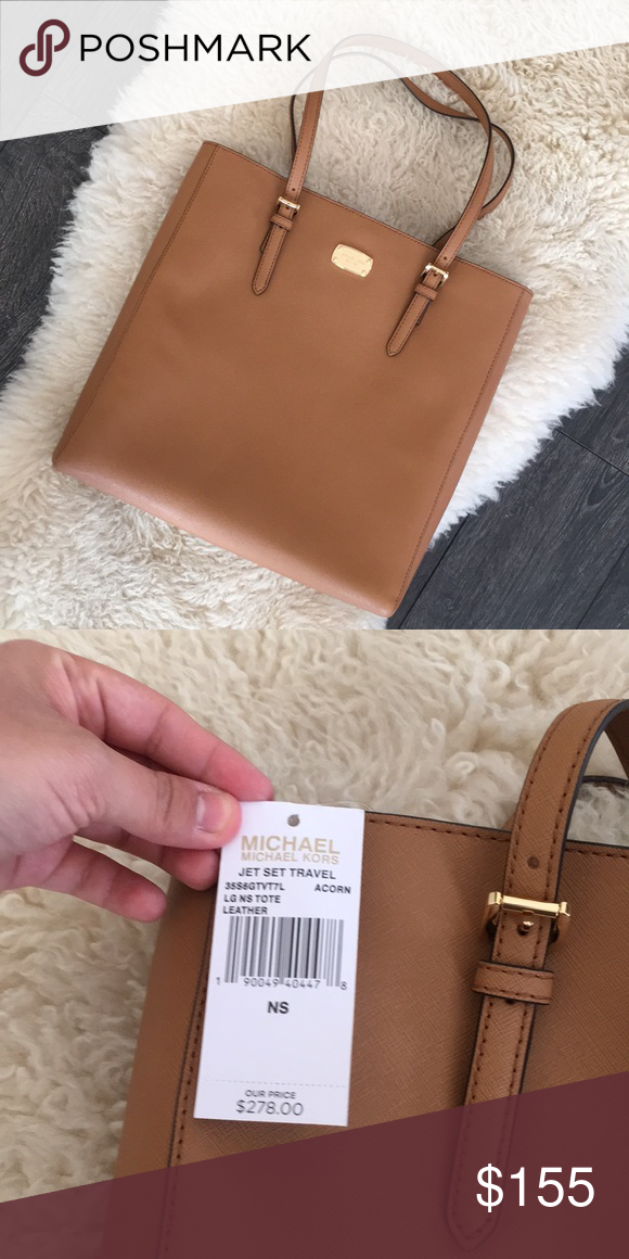a225b7db812130 Michael Kors Jet Set Travel Tote Michael Kors Large Jet Set Travel N/S Tote  Color:Acorn Hardware:Gold Leather: Saffiano MSRP: $278 Michael Kors Bags  Totes