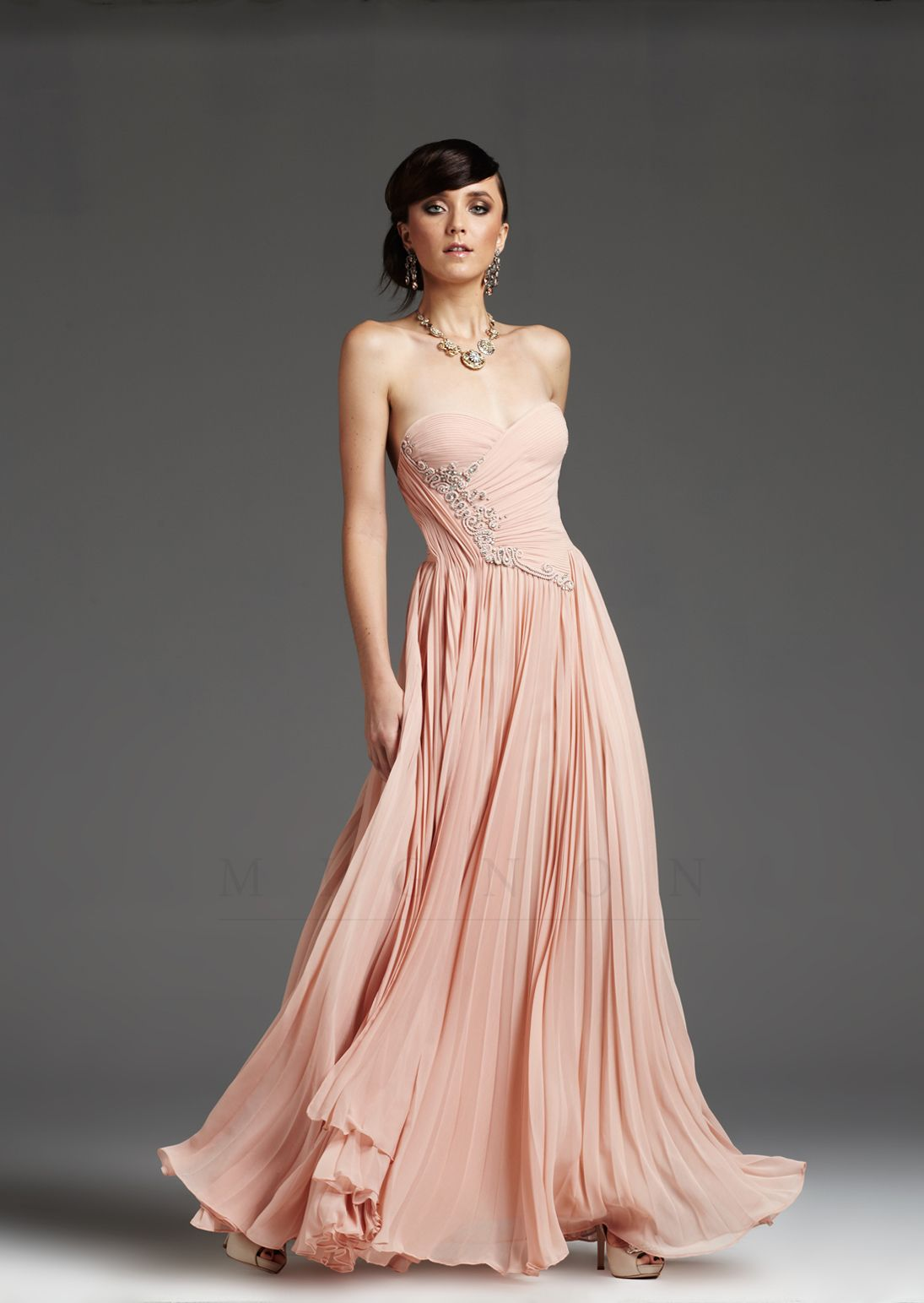 Pink pleated embroidered chiffon strapless prom dress unique