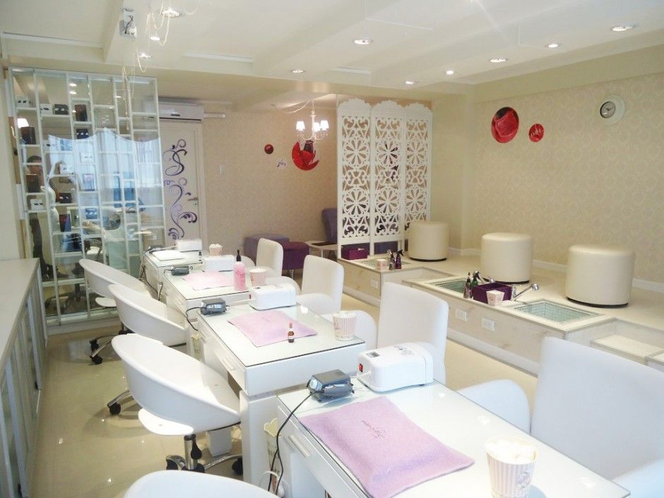 Tratamientos especiales de manicure y pedicure en stylo for Salon de pedicure
