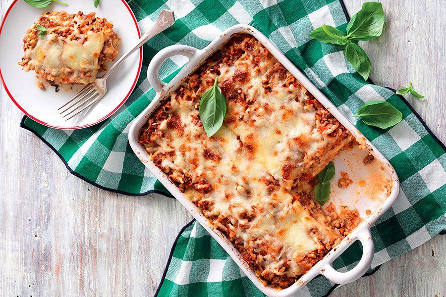 Ricetta Lasagne Italiana.Ricetta Lasagna Di Pane Carasau Al Ragu La Cucina Italiana Recipe Lasagna How To Make Lasagna Cooking