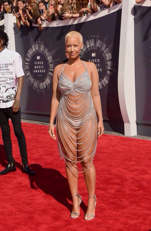 Pin By Elroy Jetson On Fashion Killa Revealing Dresses Vmas Dress Fashion