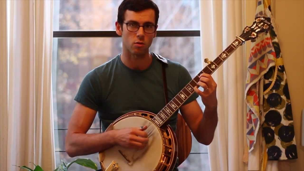 IMPROVISING ON THE BANJO USING ONE SIMPLE ROLL Banjo