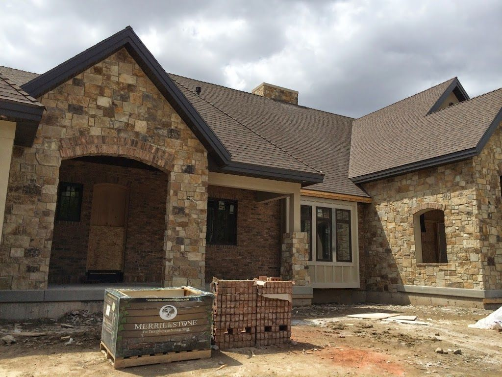 Brick And Stone Exterior Combinations Buckskin Rock Old Irvington Brick Brick And Stone