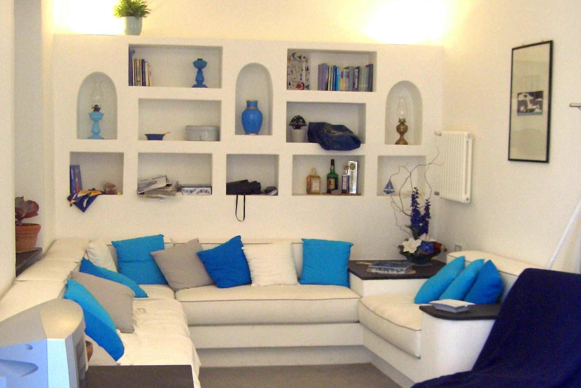 divani in muratura  Cerca con Google  Porto Ercole