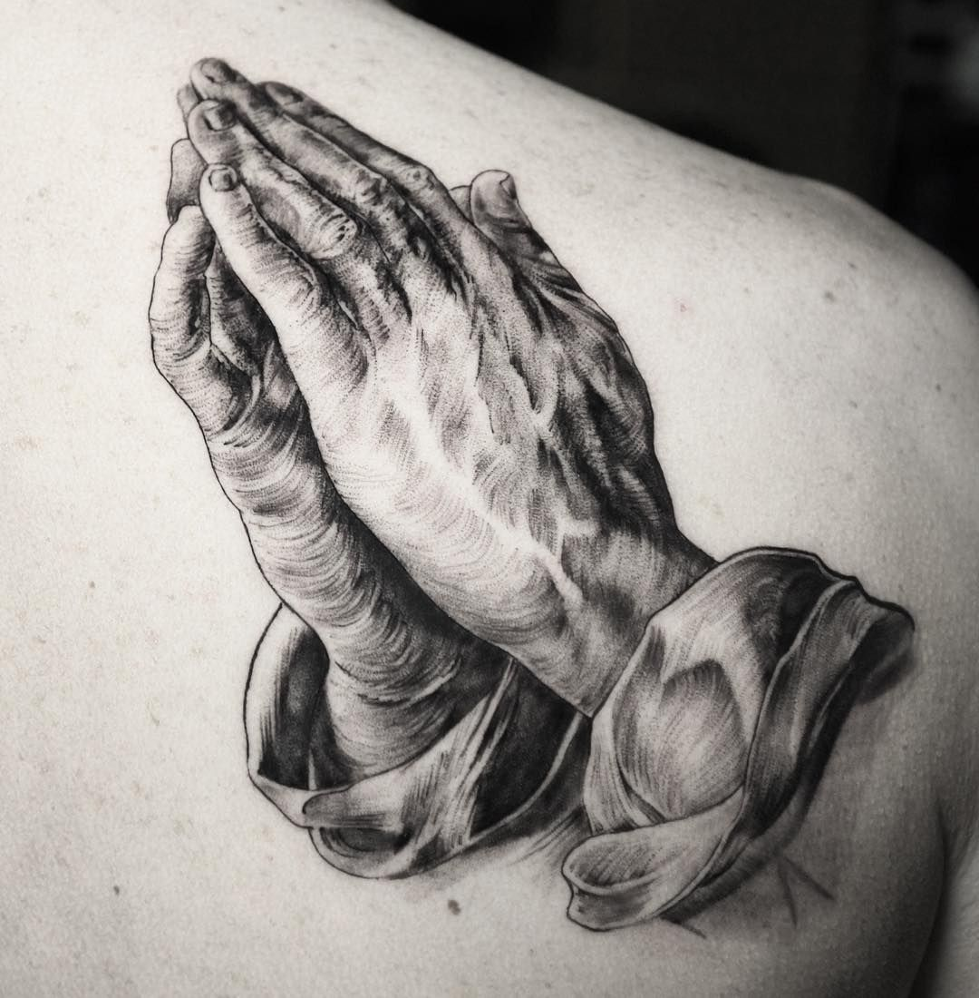 Probably One Of The Most Famous Hand Studies Ever Drawn Was The One By Albrecht Durer And Used Widely For Tattoos Here S Tattoos Albrecht Durer Hand Tattoos