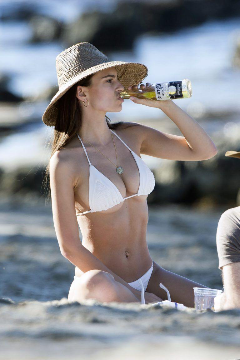 Fernanda brandao bikini