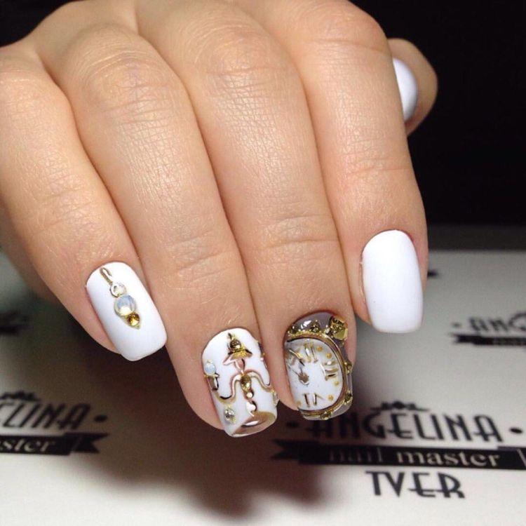 motive uhr ornamente silvester kurze nägel #nageldesign #nail ...