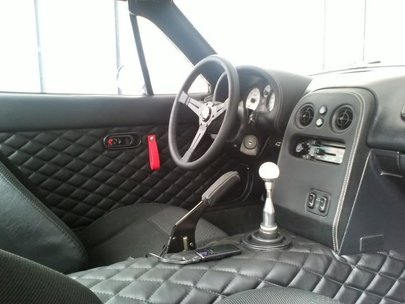 na miata interior with custom transmission cover and tombstone by w8lifter21 mazda miata. Black Bedroom Furniture Sets. Home Design Ideas