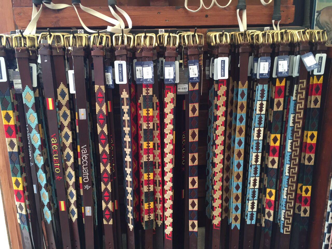 Cinturones de Valecuatro  f7f4bde86412
