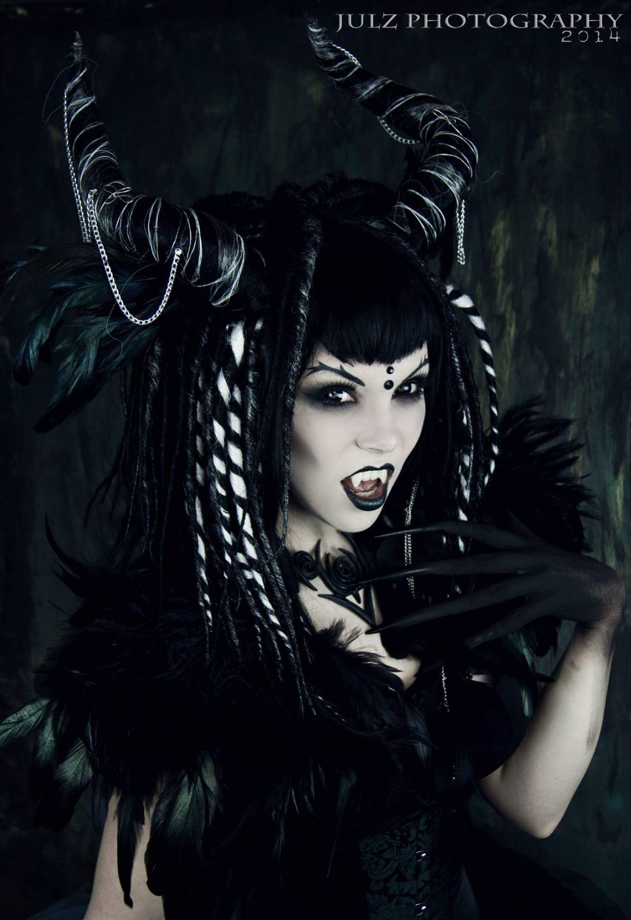 Miss Twisted by Julz photography. Photo, goth demon