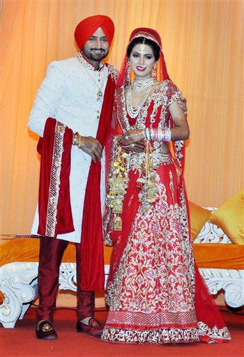 In Pics 22 Yards To Seven Vows Harbhajan Singh Marries Geeta Basra Celebrities Celebrity Weddings Celebrity Style