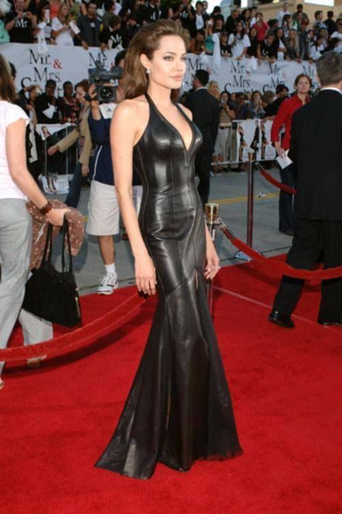 Angelina Jolie leather dress | Vestidos estilosos, Vestidos, Mulher