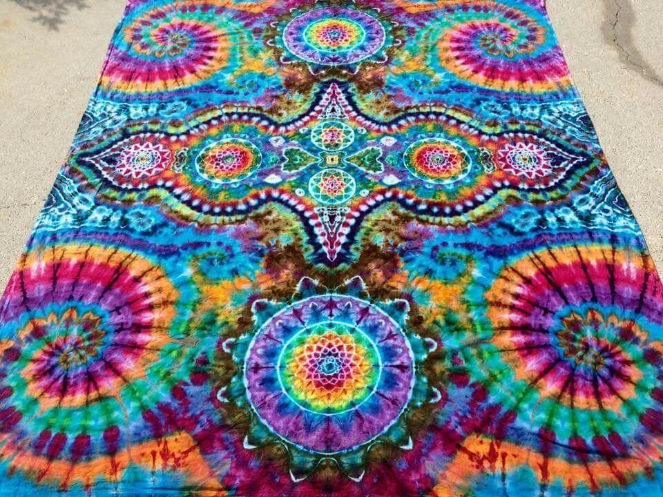 The Lazy Girls Guide To Tie Dye Natalme Sharpie Crafts Sharpie Tie Dye Sharpie Marker