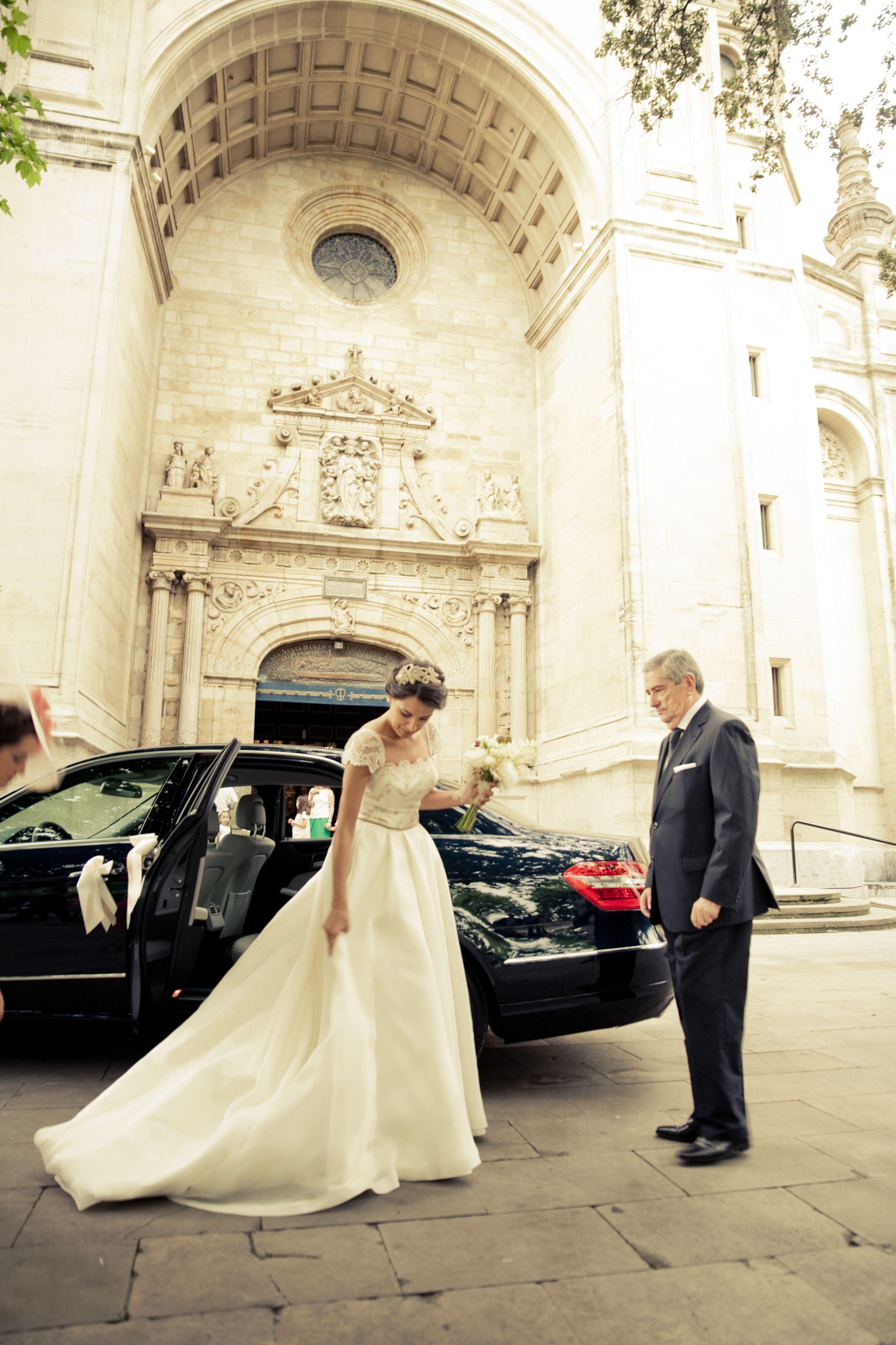 Carmen Soto The Bride   Atelier de vestidos de novia   2ª parte: La boda de Silvia, una novia The Bride inolvidable.   http://www.carmensotothebride.com