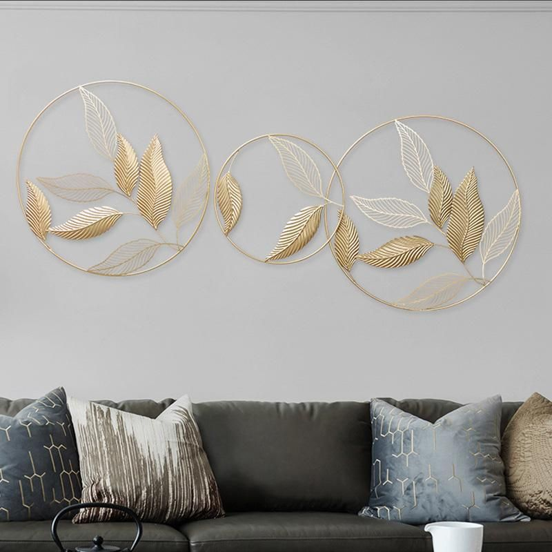 Modern Gold Leaf Wall Hanging In 2020 Gold Metal Wall Art Wall Decor Living Room Modern Metal Wall Decor Living Room
