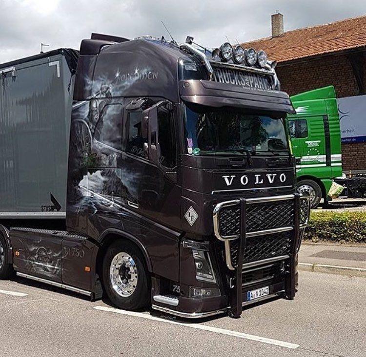 Bild Könnte Enthalten Himmel Und Im Freien Volvo Trucks Trucks Volvo