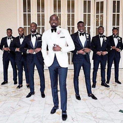 5 Tips on How a Groom and His Groomsmen Should Dress
