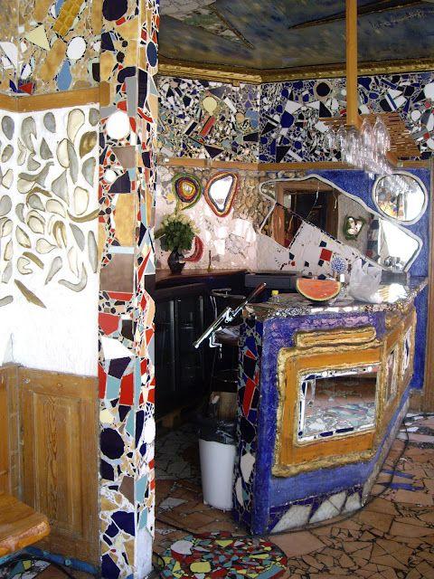A lifework by the artist Manuel / An art bar in Copenhagen