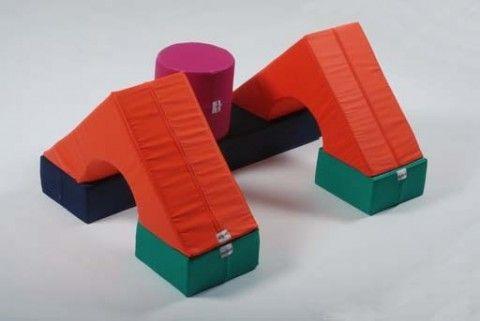 bausteine schaumstoff f r kinder pro set 4 briks kinderspielh user baukl tze kinderzimmer. Black Bedroom Furniture Sets. Home Design Ideas