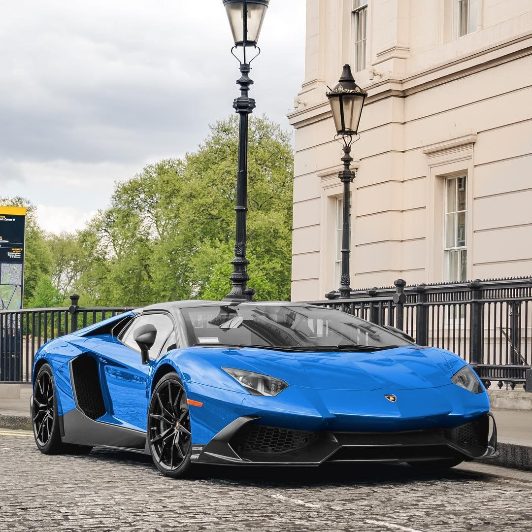 A Unique Blue 50th Anniversary Aventador