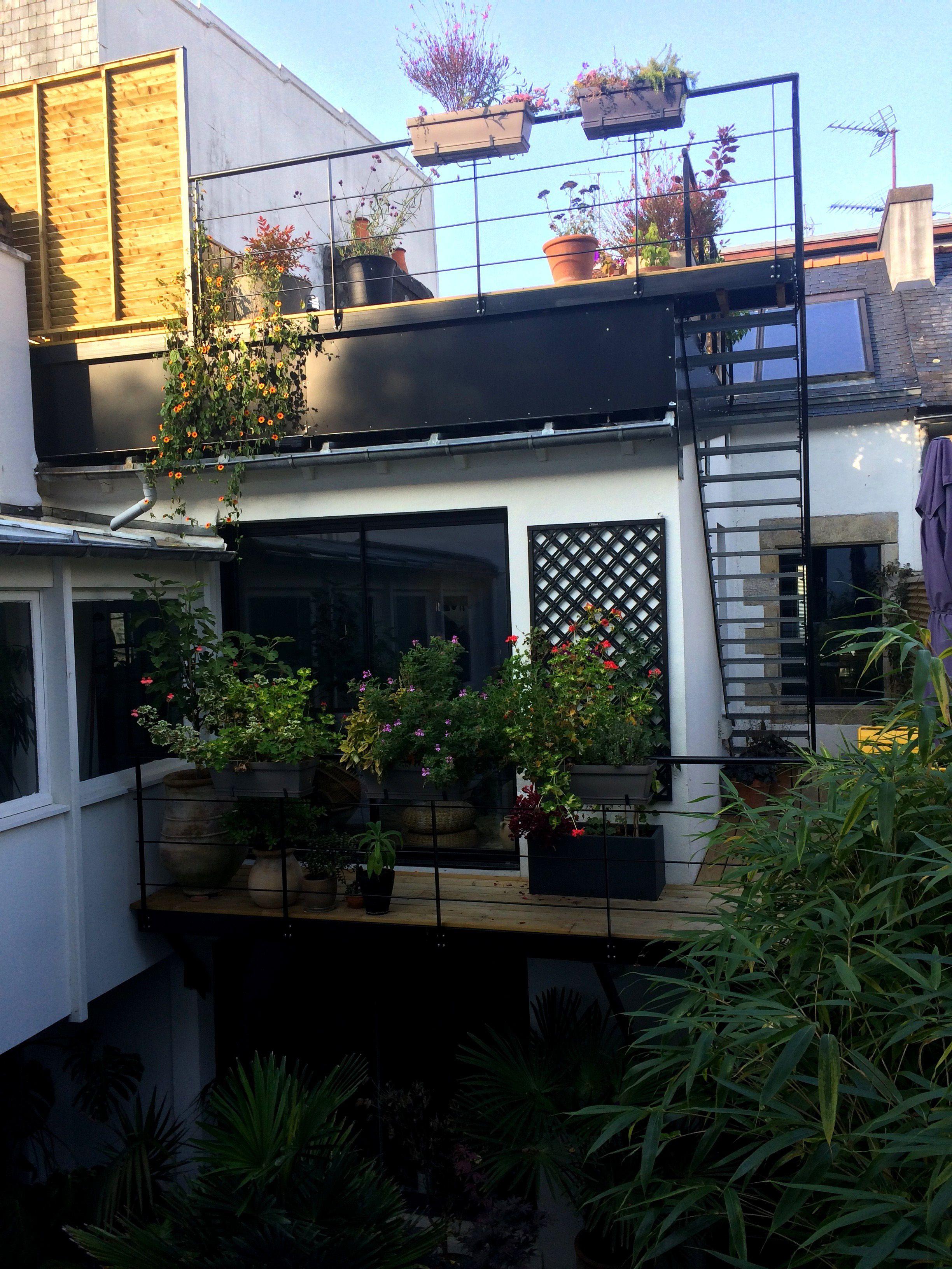 Terrasse suspendue - Claustras métalliques - Garde-corps - rambarde ...