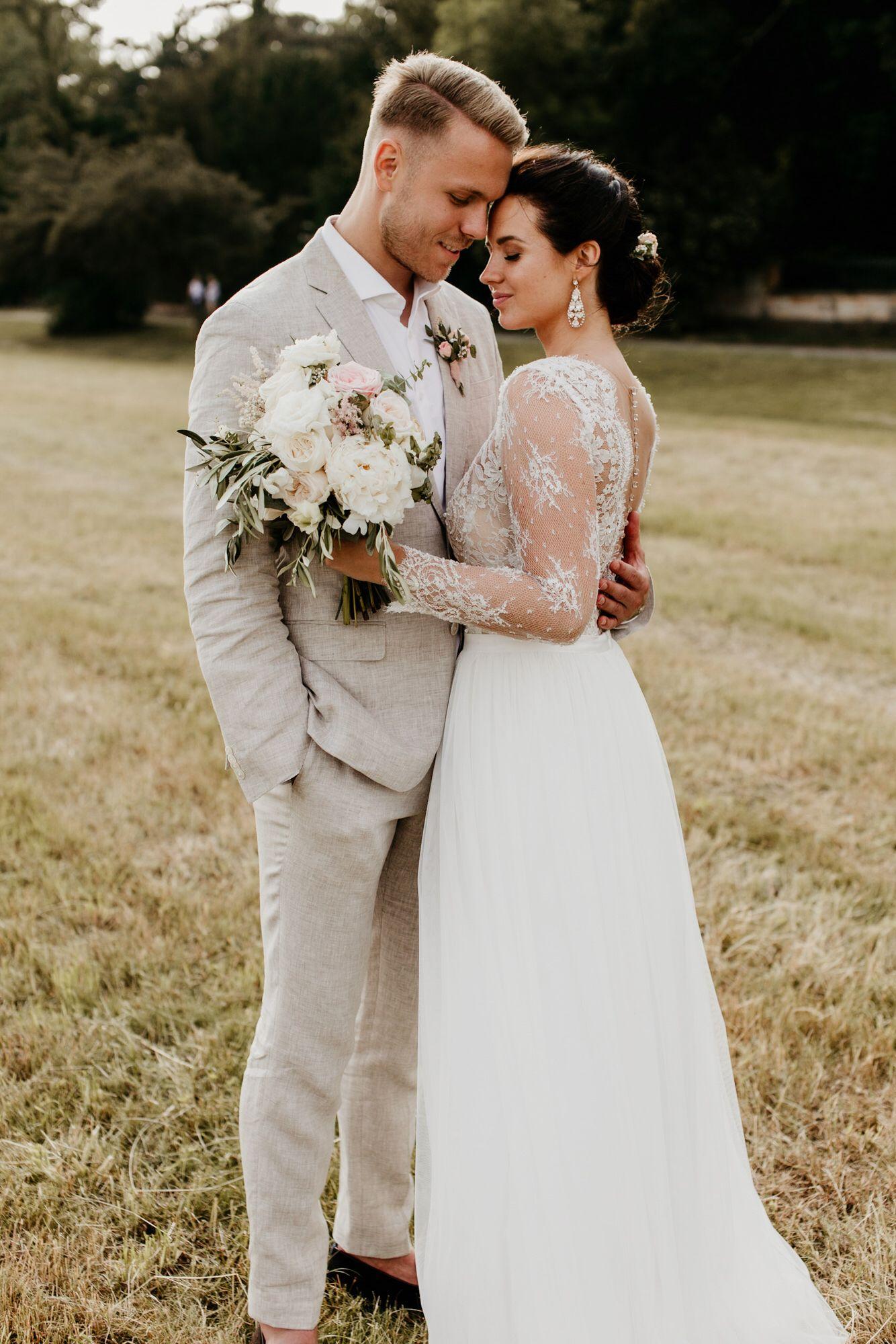 Wedding inspo #bride #groom #hochzeitskleid #bridalmakeup