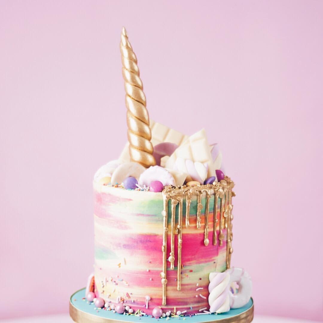 Uniforn cake, birthday, unicorn party, kids party, Drip cake ...