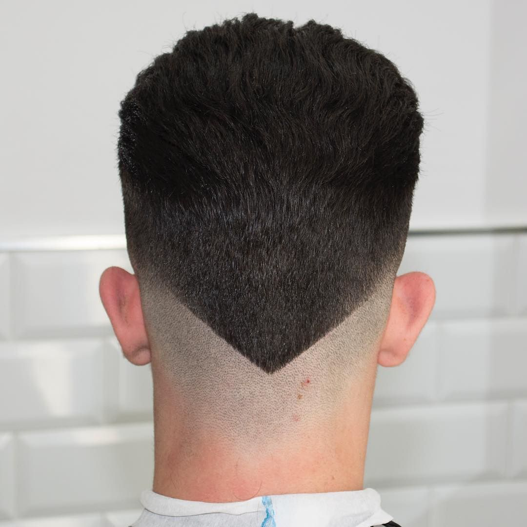 The Combination Of Two Hair Trends The Fade And Hair Designs Is Leading To All Kinds Of Creative And New Ha Mens Hairstyles Haircuts For Men V Shaped Haircut