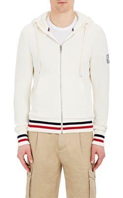 MONCLER GAMME BLEU . #monclergammebleu #cloth #hoodie