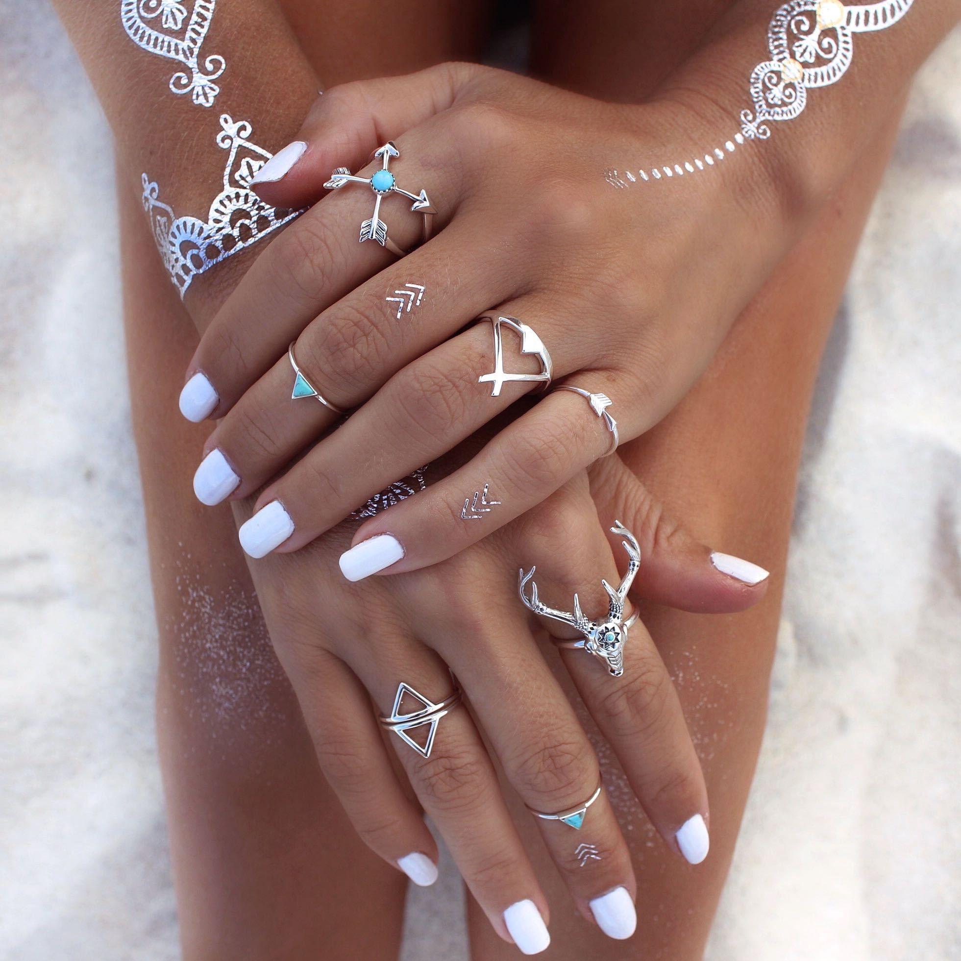 Natural simple summer beach boho diy nail art designs
