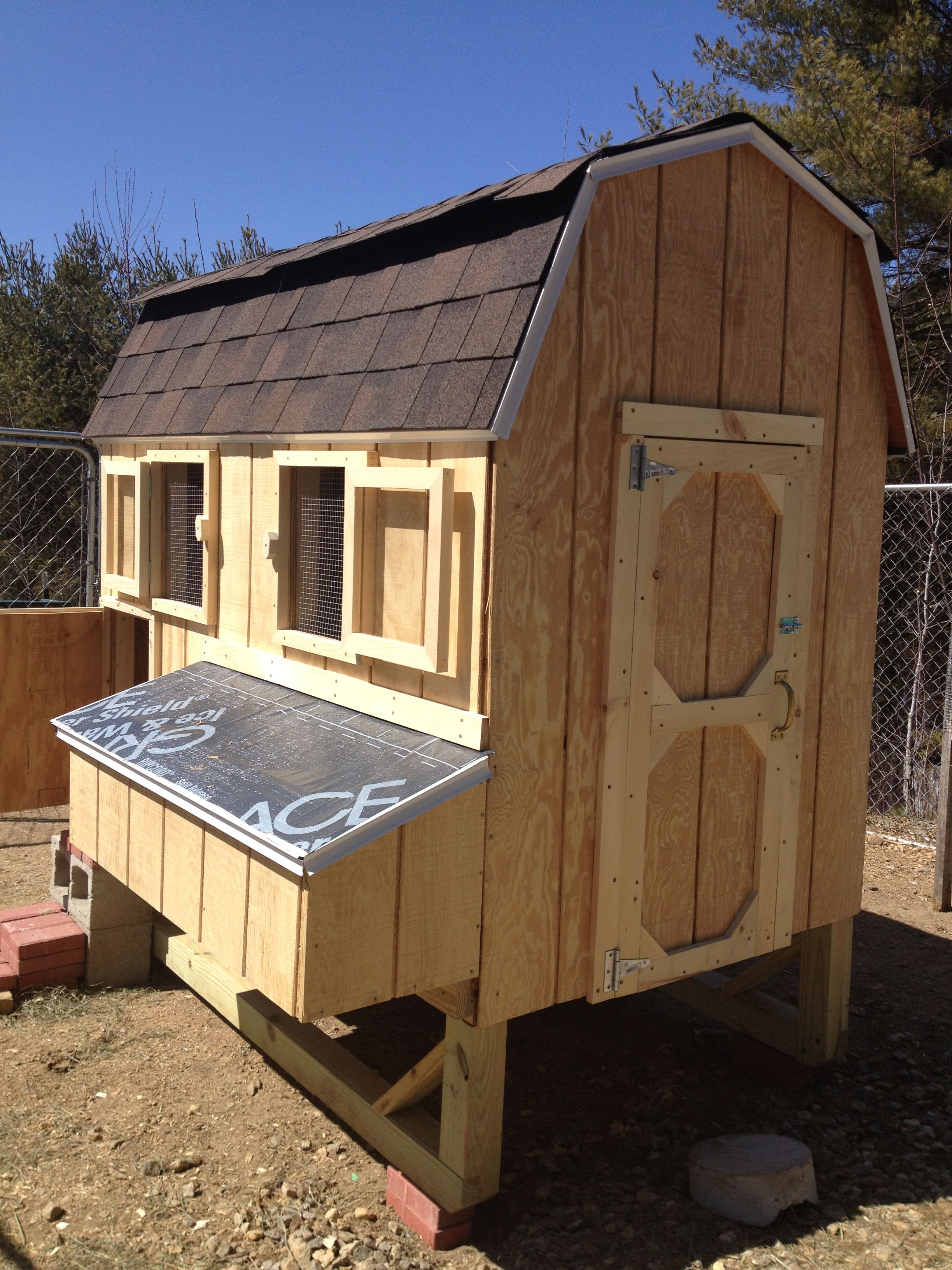 Broiler House Design For Sale: Chicken Coop For 20!