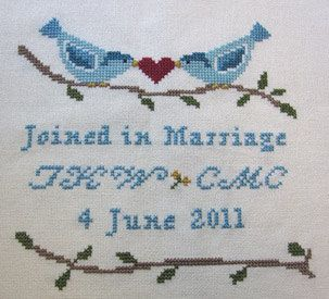Embroidered Personalised Baby Bib Boys//Girls Lovebirds Wedding Gift//Favour