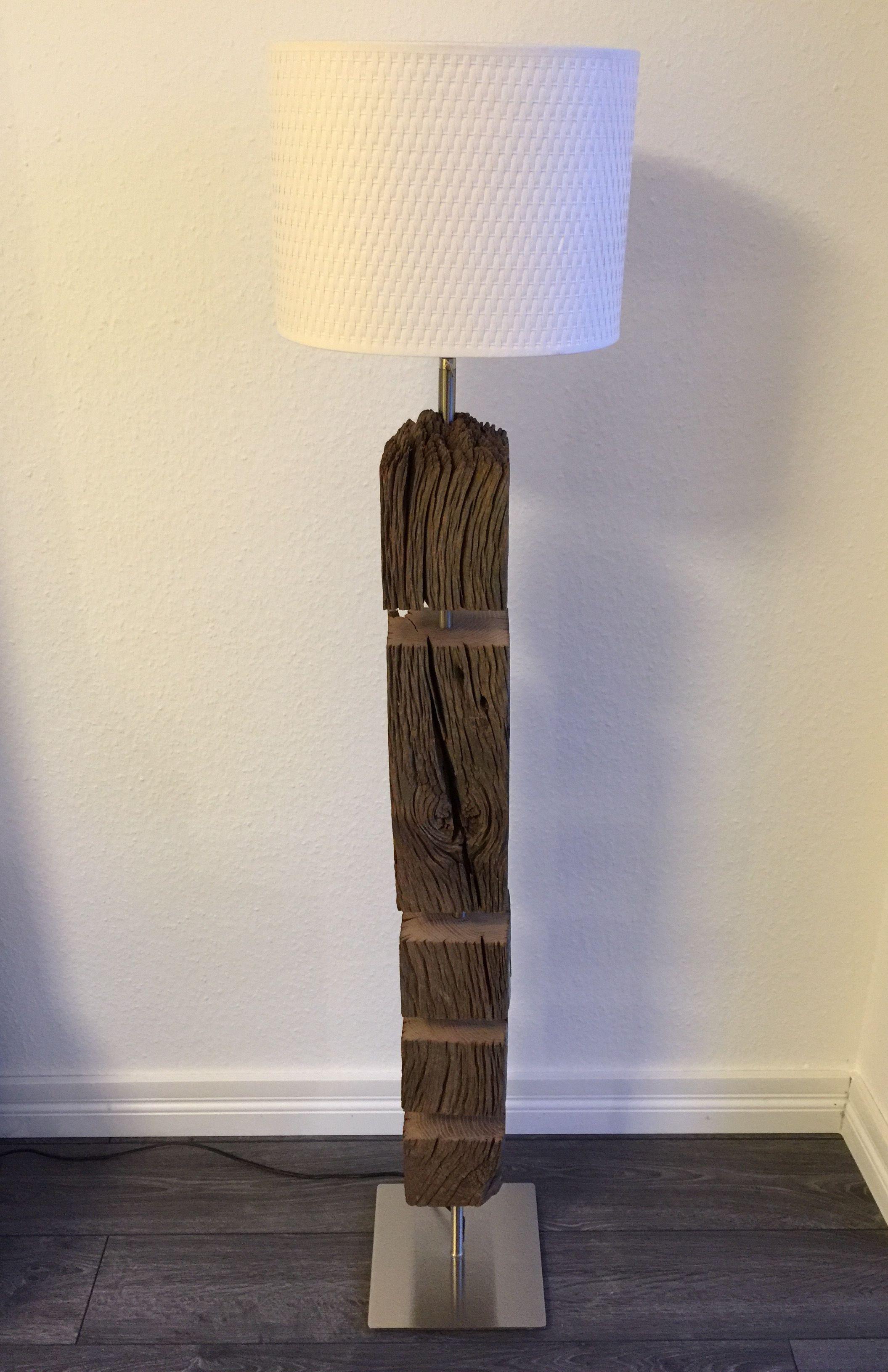 Treibholz Lampe Holz Unikat Stehlampe  Treibholz Lampe Unikat Holz Betonlampe in 2019