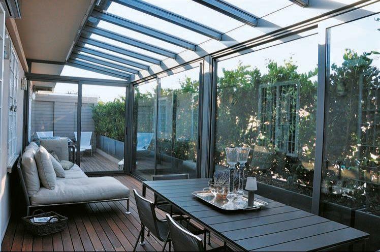 Le verande in vetro dei giardini d'inverno diventano il