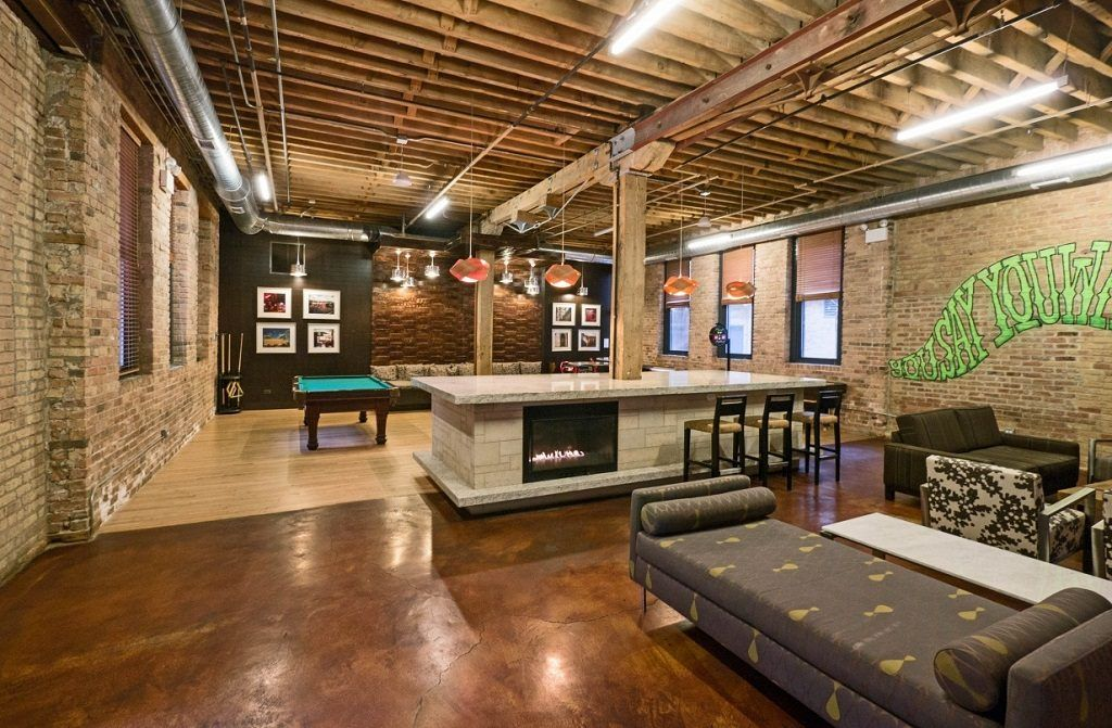 Architecture Apartment Buildings Chicago Cobbler Square Loft 1350 N Wells Old Town Converted Warehouse Homes For Sale And Lease With Renovated